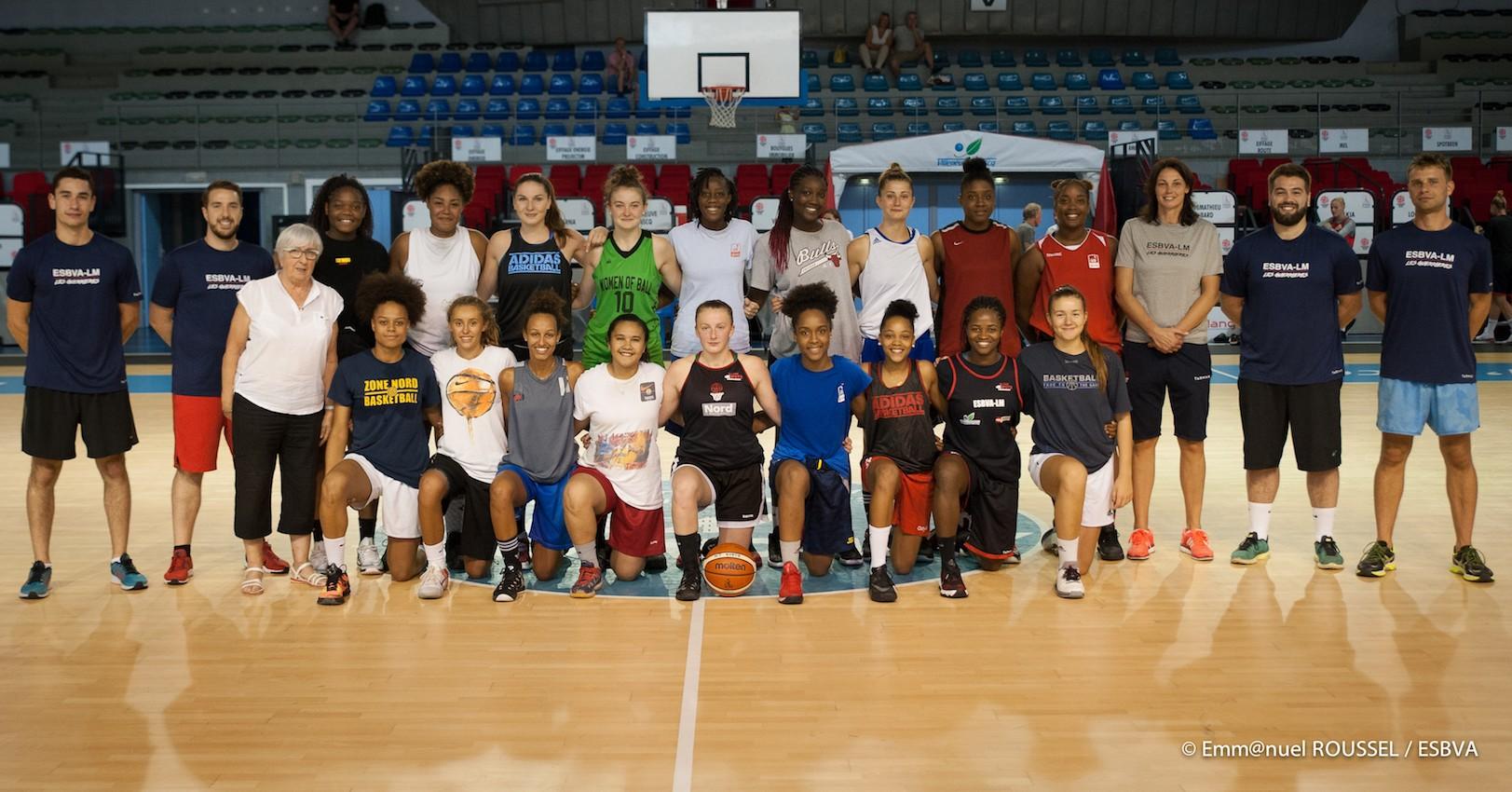 Effectif joueuses 2017-2018 ESBVA centre de formation